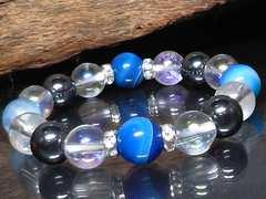 ブルーストライプアゲート・オーラクリスタル・ヘマタイト数珠