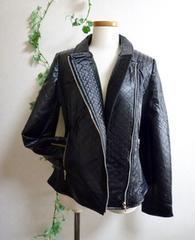 【新品】ライダースジャケット《ブラック/サイズM》