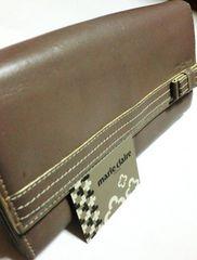 マリクレール/marie claiロゴチャーム付き革製長財布