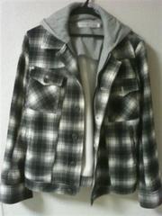 フード付きジャケット ホワイト×ブラック チェック柄 Mサイズ