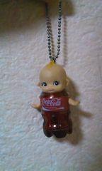 コカコーラのキューピーちゃん人形キーホルダー 激レア