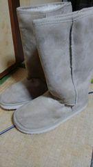 未着用新品のブーツ