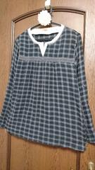 大きいサイズ☆シワ/シャーリング加工の柔らかコットン地レイヤー風スキッパーシャツ*3L