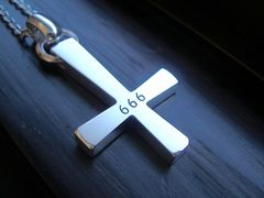 仁尾彫金『666ビック逆十字クロスチェーン無し』