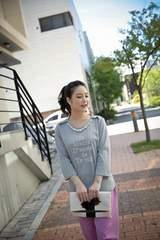 0924-62150大きいサイズ☆パールネックレス付カットソー☆LL/グレー