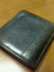美品正規GUCCI マイクログッチシマ メンズ 二つ折り財布ブラック