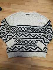美品★柄のセーター★Lサイズ★