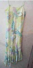 黄緑水色バダフライプリント斜めカットキャミドレス