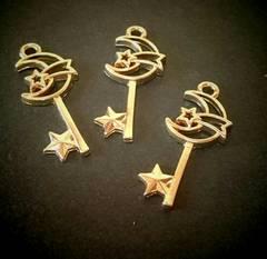 1スタ☆32mm金属チャーム 星付きムーンの鍵