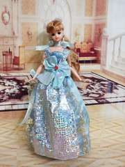 ジェニーのドレス