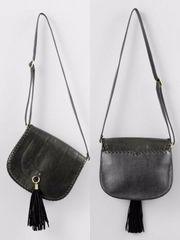 ジーナシス タッセルフラップショルダー バッグ 黒 定価7560円 美品