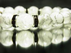 開運天然石数珠!!ホワイトターコイズ×クラッククリスタルMIXブレスレット