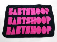 baby shoop◆シュープデカロゴロゴブランケット黒×ショキピンク