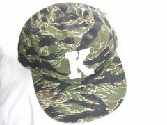 カモフラージュ迷彩柄つば付きキャップ帽子グリーン緑カーキ新品