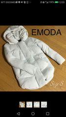 エモーダ★ふんわりまあるい裾カットのミディアムダウン90%
