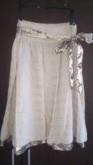 新品未使用 綺麗系膝丈スカート リボン付き