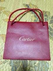 カルティエ赤のショップ袋Cartier