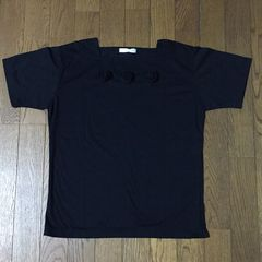 3つの薔薇のお洒落シンプルブラックTシャツ