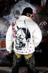 般若 桜 中綿 ジャケット 白 ヤクザ オラオラ メンズ 服 上着 和柄 136■3XL