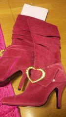 ピンク新品ブーツ