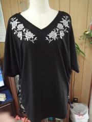 新品大きめLサイズ 薔薇刺繍編み上げトップス