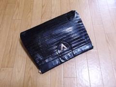 在庫セール】マリオヴァレンチノ/ ロゴライン革製セカンドバッグ