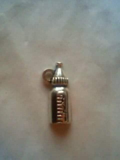 [IK]2センチ×0.5センチ ミルク(ほ乳ビン)型 チャーム 5コ  < ペット/手芸/園芸の