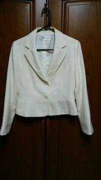 とっても素敵なジャケット。オフホワイト。11号。