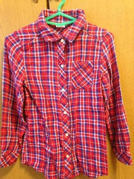 超美品☆JUNKSTORE☆赤×紫チェック長袖シャツ☆140