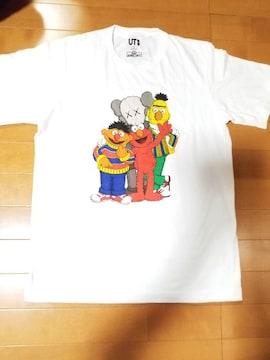 ◆UNIQLO◆KAWS×SESAME STREETコラボTシャツ◆S