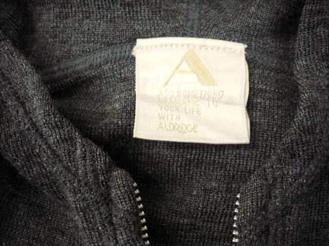 【ALDRIDGE】ジップアップのニットパーカーです < 女性ファッションの