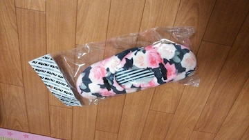 ☆新品 薔薇スリッパ☆フリーサイズ