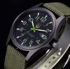 ■新品■ ミリタリー腕時計 緑 アウトドア NATOバンド アーミー