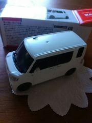 新品♪プルバックカー『DAIHATSUダイハツ ウェイクWAKE ・パールホワイト�V』ミニカー