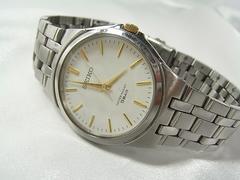 ◆本物確実正規セイコー クォーツ 腕時計7NO1-0DM0