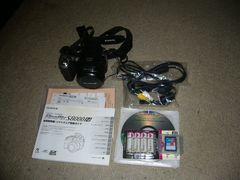 富士フイルム 光学18倍ズーム「FinePix S8000fd」