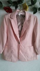 ★未使用♪フォーエバー21の薄いピンクのジャケット♪8分丈