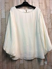 新品☆LLサイズ袖プリーツの素敵ブラウス♪よそいき白☆s281