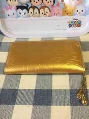 ゴールドのラウンドファスナー財布