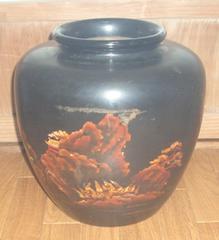 中国骨董風山河庭園絵入り大型花瓶です。