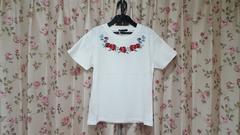 ☆INGNI☆花柄刺繍クルーネックTシャツ☆新品タグ付☆