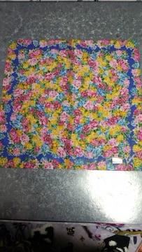 KENZO ケンゾーハンカチ鮮やかな花柄青地未使用