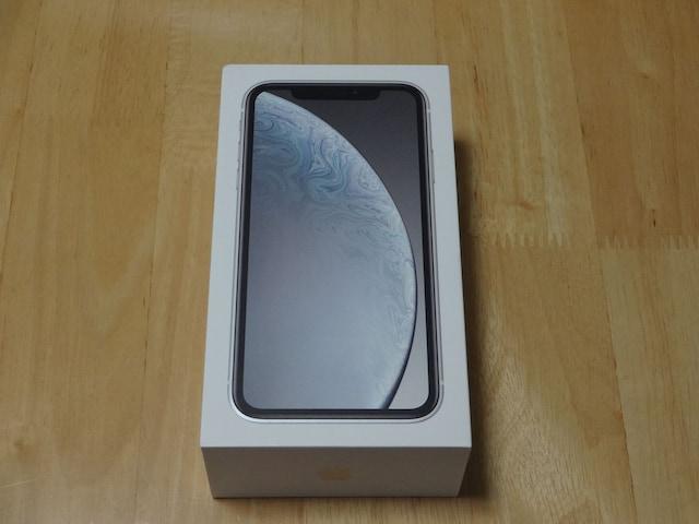 Apple アップル iPhone XR 64GB ホワイト simフリー 新品  < 家電/AVの