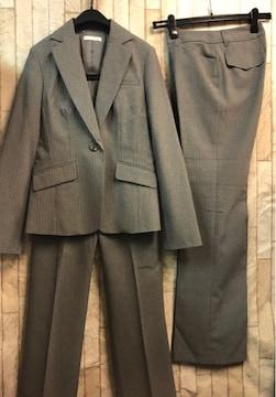 新品☆7号♪グレー×ストライプ系の2パンツスーツ♪☆b786