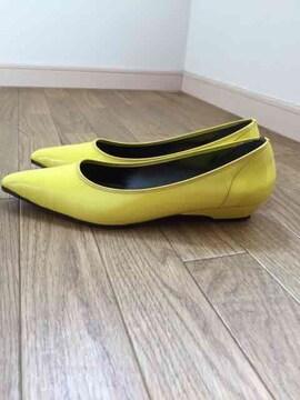 黄色☆エナメルパンプス