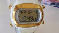 アディダスの腕時計(訳有)
