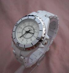 メタリックウォッチWH-腕時計