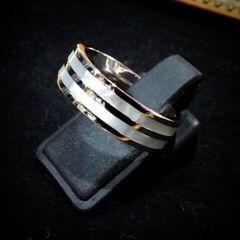 送料無料☆ホワイトシェルサージカルステンレスリング☆指輪11号