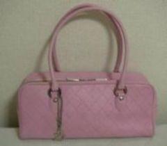 Pinky&Dianne ロゴチャーム付きミニボストンバッグ《ピンク》