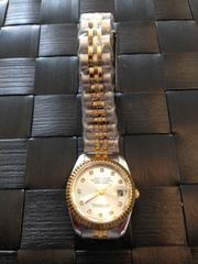 腕を華奢に♪細身の上品な女性の腕時計★Club Face2